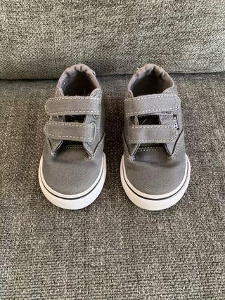 Calzado variado bebé
