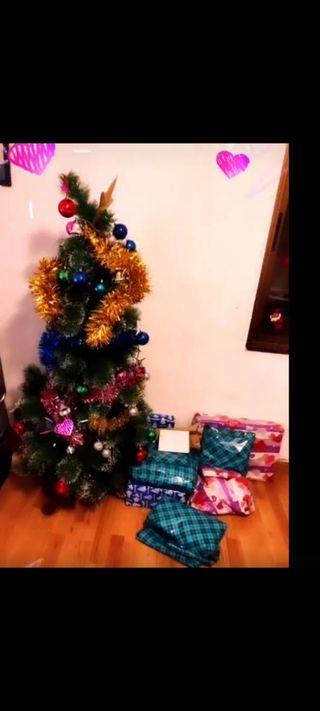 árbol grande de navidad