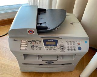 Impresora láser Brother MFC-7420