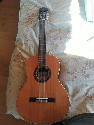Guitarra Alhambra Cadete