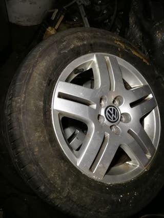 4 ruedas de Volkswagen 195/65/15 son kilebradas