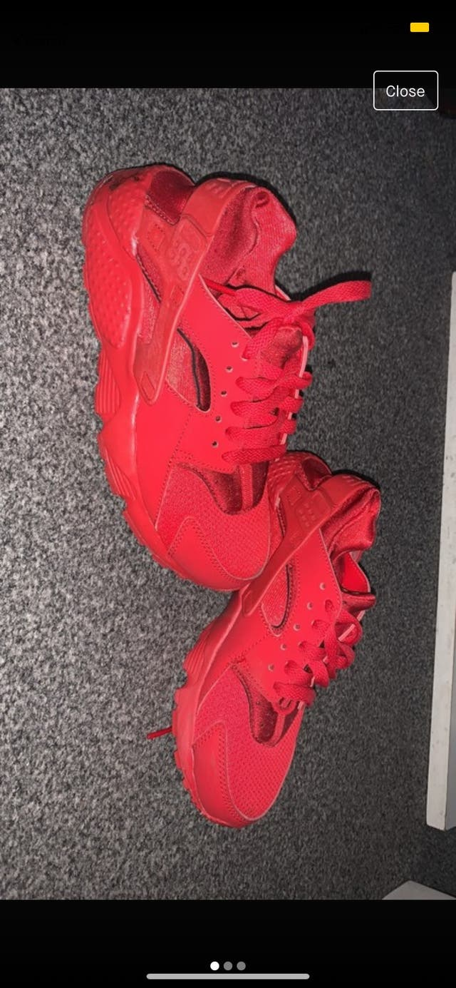 Red huaraches size 3