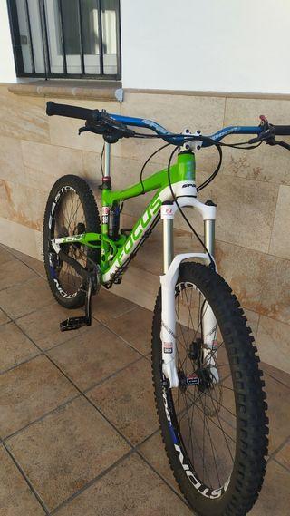 bicicleta Focus de enduro