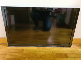 "TV 32"" PANASONIC VIERA HD"