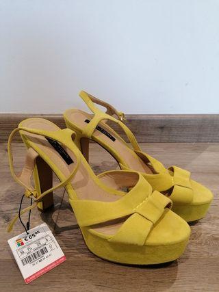 Sandalias amarillas Zara 38