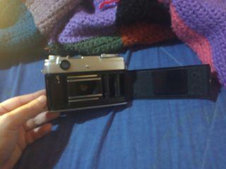 cámara de fotos YASHICA
