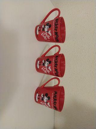 Taza grande de Mickey Mouse