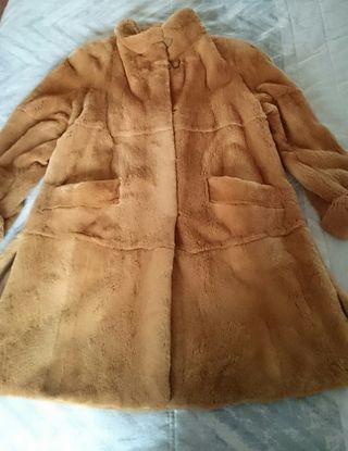 Abrigo de visón rasado Saga mink.