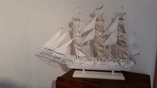 Maqueta velero de madera