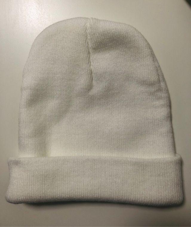 Gorro Carhartt blanco de lana nuevo, sin estrenar