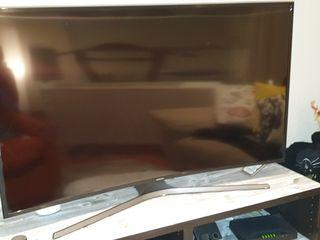 """Televisión Samsung 49"""" 2k curvo"""