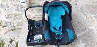 Maxi-cosi Bebé Confort + adaptador