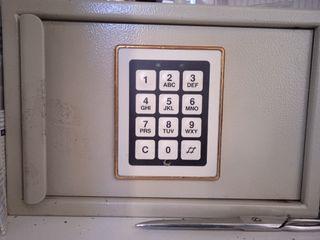 caja de seguridad antigua