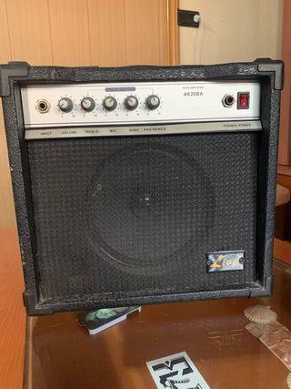 Amplificador Guitarra/Bajo