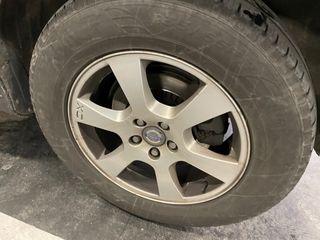 Llantas Volvo XC60 con neumáticos