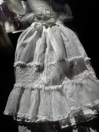 Vestido antiguo de acristianar