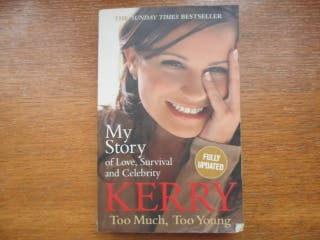 Libro en inglés. Too much, too young (Kerry)