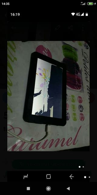 tablet Polaroid