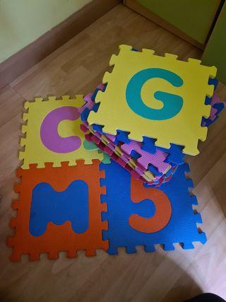 Alfombra piezas puzzle goma
