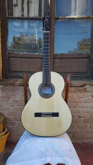 Guitarra Flamenca de palillos.