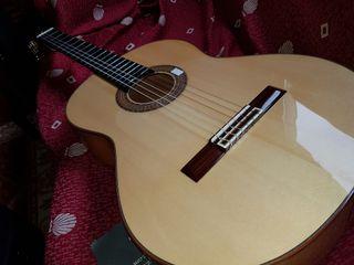 Guitarra sanchis flamenca ciprés
