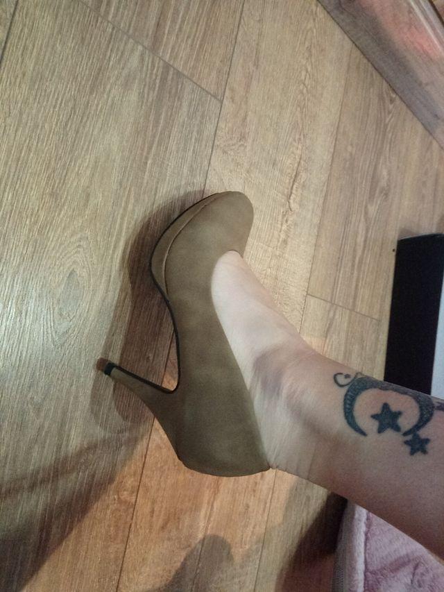 zapatos tacon color beige sin apenas uso talla 39