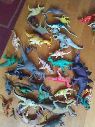 lote completo de dinosaurios