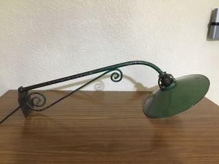 Lámpara vintage de hierro