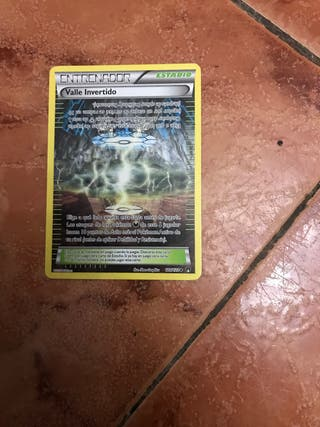 Carta Pokemon Valle invertido ENTRENADOR