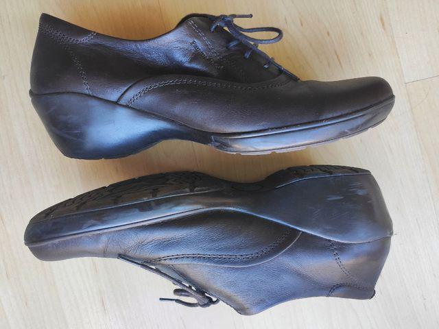 zapatos Panama Jack número 39. marrón