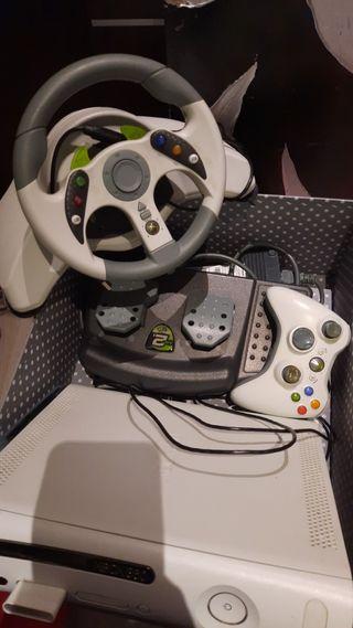 xbox 360+mando+ volante y pedales de regalo