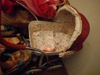 vendó mucha ropa niño y niña y mujer y juguetes...
