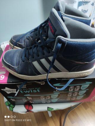 zapatilla bota Adidas