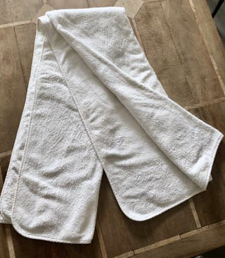 Grand drap de bain blanc finition bord biais