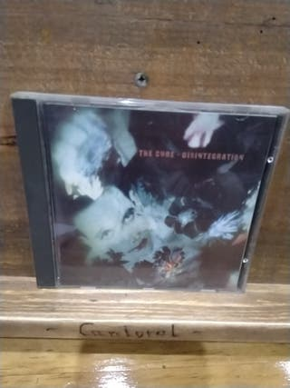 003. The Cure. Disintegration.