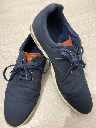 Zapatillas azules marino - Zara