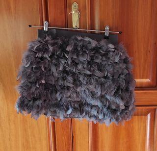 falda de plumas Stradivarius