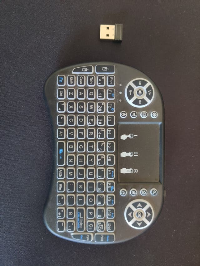 Mando TV con teclado