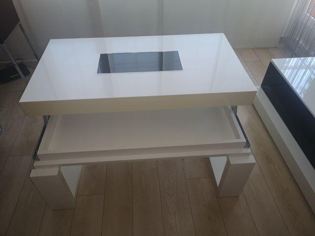 Mesa de centro elevada
