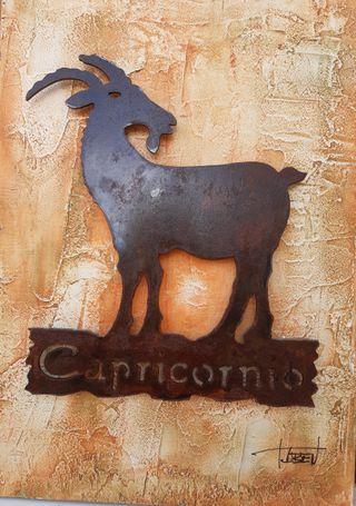Escultura de hierro y chapa encuadrada