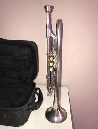 Trompeta Jupiter JTR 912R