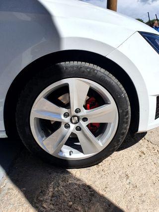 LLANTAS 17' FR + Neumáticos CONTINENTAL