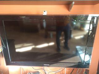 """televisión 40"""" Samsung con Chromecast para wifi"""