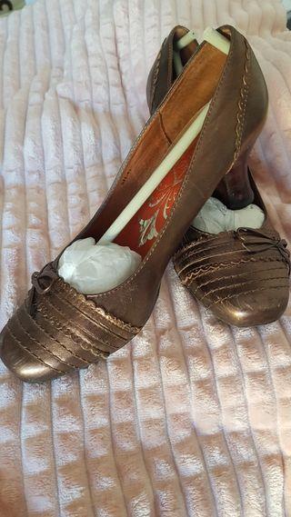 Zapato de mujer tacón
