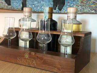 Italian GRAPPA SIBONA wooden set with four glasses