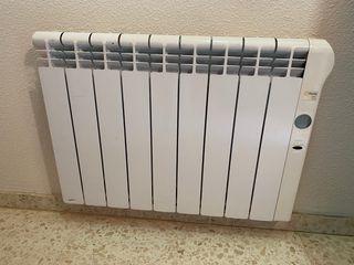 Radiadores calor azul marca Rointe