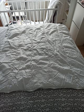 Edredón de cuna + ropa de cama IKEA