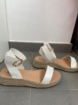 Sandalia blancas