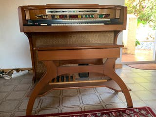 Lowrey Organ - Órgano Lowrey