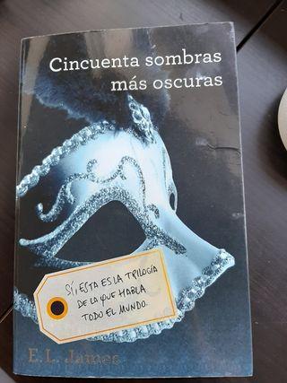 2 libros Cincuentas sombras de Grey